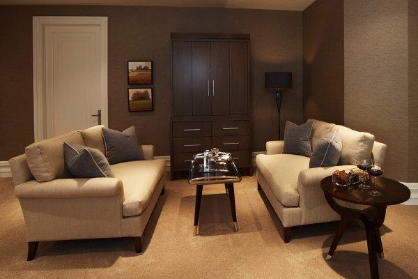 Ariel Muller Designs-Etobicoke Residence-18