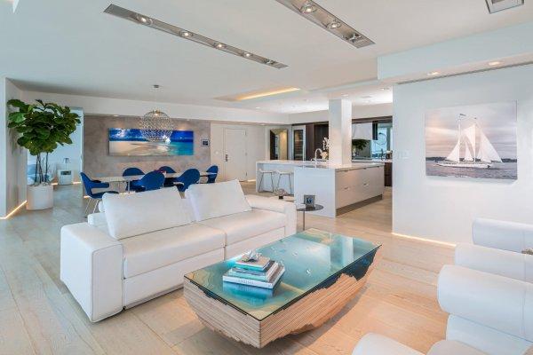 Ariel Muller Designs - Luxe Condo-1
